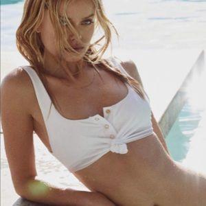 Beach Bunny Rib Tide bikini Top in white Small